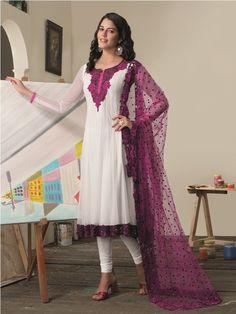 White and Magenta with Lace Dupatta Salwar Kameez. Indian Fashion Salwar, Indian Anarkali, Anarkali Suits, Churidar, Salwar Kameez, Kurti, Latest Salwar Suits, Designer Anarkali, Trendy Collection