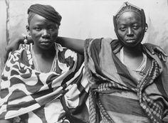 Zanzibar Fashion  1900 ca. – Images: screenshots from THWC-Collections