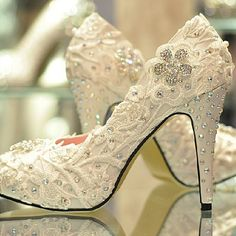 119.00$  Buy now - http://ali2oo.worldwells.pw/go.php?t=1082841790 - Spring Women's Pumps Bride Handmade Glitter dress shoes Lace Rhinestone High Heels Wedding Shoes Plus Size31-43 119.00$