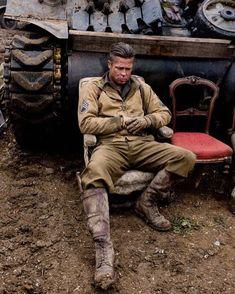 """Brad Pitt on the set of Fury! C'monBoard Movies feature… – Dizi Filmler Burada Brad Pitt Fury, Fury 2014, Jennifer Aniston 90s, War Film, We Movie, Fight Club, Photos Of The Week, Leonardo Dicaprio, Oklahoma"