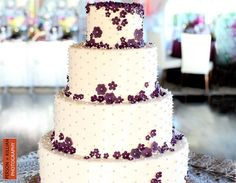Violets and Pearls on Cake...what more does a Sig Kap need?  Montilios Modern Wedding Cakes