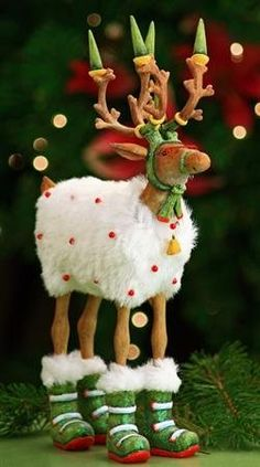 Patience Brewster Krinkles Dashaway Blitzen Reindeer Christmas Ornament - OMG I love all o her whimsical ornaments!
