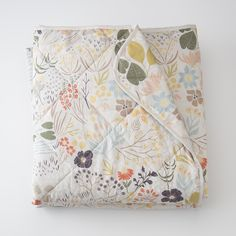 Schoolhouse Electric - Woodland Meadow Quilt - Leah Duncan with whom I did the Teroforma Collection!!! New quilt and bedding collection!! Beautiful!!!!!!!!!!!!!! Quilt for hanging out with Stella?