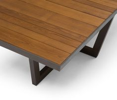 Dining tables | Garden tables | Terra | Andreu World | Lievore. Check it out on Architonic