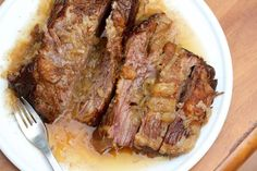7+High+Protein,+Low+Carb+Dinner+Recipes slow cooker brisket