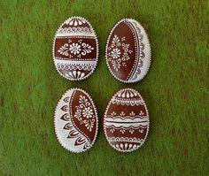 Dekoratívne medovníky - Fotoalbum - Veľkonočné Easter Cookies, Sugar Cookies, Cookie Box, Egg Art, Egg Shape, Amazing Cakes, Quilling, Cupcake Cakes, Gingerbread