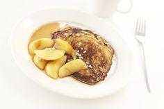 Banana pancakes with apples / Omena-banaaniletut.