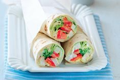Svačinový wrap | Apetitonline.cz Fresh Rolls, Kids Meals, Healthy Snacks, Sandwiches, Tacos, Brunch, Food And Drink, Mexican, Cooking Recipes
