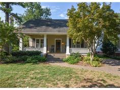 (CMLS) For Sale: 3 bed, 2.5 bath, 2538 sq. ft. house located at 604 E Kingston Ave, Charlotte, NC 28203 on sale now for $835,000. MLS# 3214274. This Dilworth bungalow eludes the essence of Dilworth! High ...