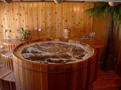 Round western cedar hot tubs - cedar soaking tub