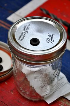 Turn a Mason Jar Into a Cup with a Straw! So making these this summer.