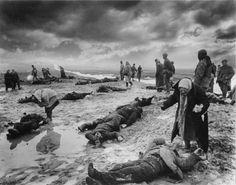 Поиск родственников среди погибших, Крым, 1942 год.
