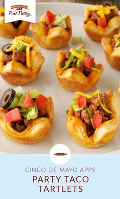 These Party Taco Tartlets are a fiesta in your mouth! Serve up some Cinco de Mayo fun with a little help from Pepperidge Farm® Puff Pastry Sheets. This bite-sized appetizer recipe is packed full of ground beef, cheddar cheese, tomatoes, and olives. Taco Appetizers, Mexican Appetizers, Appetizer Recipes, Taco Bites, Pepperidge Farm Puff Pastry, Delicious Desserts, Yummy Food, Tacos, Puff Pastry Sheets