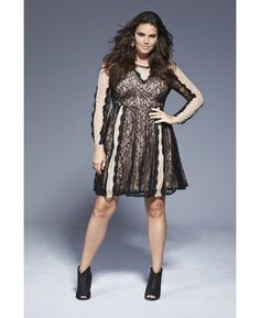 http://rstyle.me/n/tsqjv8kv6 Lace And Nude Dress / Simply Be
