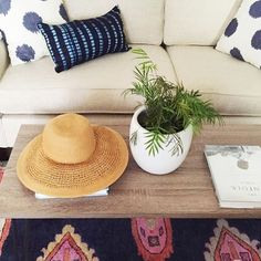 Our indigo lumbar pillow looking  in @morgansmith's beach bungalow. #loomgoodness