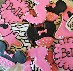 Items similar to Mouse Decorated Sugar Cookies Birthday Cookie Favors One Dozen on Etsy Minnie Mouse Cookies, Mickey Minnie Mouse, Birthday Cookies, Birthday Favors, Birthday Ideas, Sugar Cookies, Zebra Cookies, 2nd Birthday Parties, Cookie Decorating