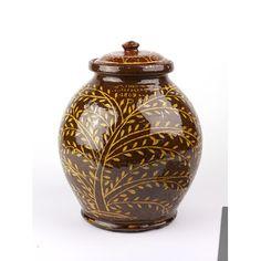 Lead-glazed earthenware jar, United Kingdom, 1809. l Victoria and Albert Museum