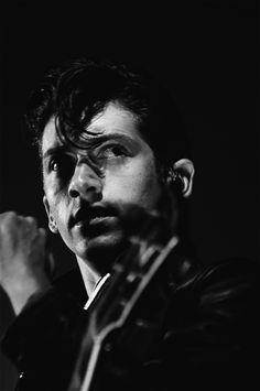 Alex Turner of the Arctic Monkeys. Just smokin'!