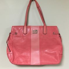 Vintage Pink Coach Bag ! Vintage Pink Coach Bag ! Zippers close! Super cute for summer ! Coach Bags