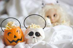 Pipoca de Halloween Melina Souza - Serendipity <3  http://melinasouza.com/2015/10/08/5-filmes-de-terror-para-assistir/  #Blythe #Movies #Doll #MelinaSouza #Halloween