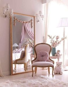 32 Awesome Romantic Home Decor Ideas Best For Valentine's Day - A romantic home invites you to fall in love with the beauty of your surroundings. Hand-carved furnishings and elegant decor charm from every corner, a. Romantic Home Decor, Romantic Homes, Elegant Home Decor, Pink Bedroom Decor, Living Room Decor, Style Deco, My New Room, Home Decor Inspiration, Decor Ideas