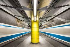 Estas fotografías capturan la colorida arquitectura de las estaciones de metro en Europa,© Chris Forsyth