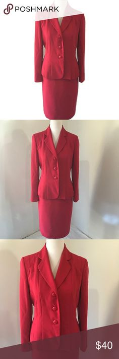 Le Suit 8 Pink Skirt Suit Classic Elegant Midi Brand: Le Suit.    Color:  Pink.    Tag Size: Misses 8  Blazer:  Bust:  38 in.   Sleeve Length:  24 in.   Length: 22 in.    Skirt:  Waist:  30 in.   Hips: 40 in.   Length:  26 in.    Materials: Polyester.    Care Instructions:  Dry Clean Only. Le Suit Skirts Skirt Sets