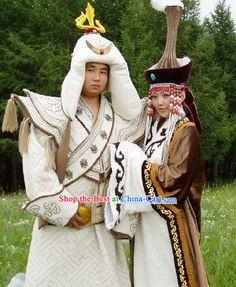 Traditional Mongolian Wedding Costumes