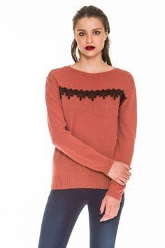 Camisola decote redondo // Roundneck sweater