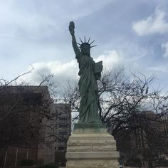 Mini Statue of Liberty by sarandiptyy