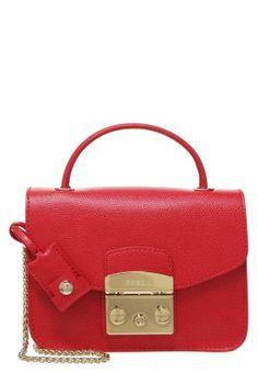 74db8b83d 50 best Zalando ♡ Bolsos Premium images   Hand bags, Bryant park ...