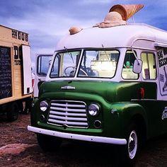 One of my favs, @sweetbigbessie Big Bessie ice cream van in Hobart from the guys at Sweet Envy in North Hobart.