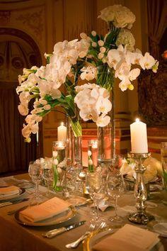 #wedding #floral #arrangement #fleurs #bouquet #reception