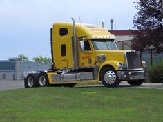 Truckers Third Most Difficult Job to Fill; Turnover Rises