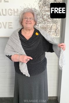 Here you can find my free crochet shawl pattern of the Ana Lucia Shawl. The shawl has beautiful details and is made with double crochet stitches. The pattern includes pictures and a video and is a beginner friendly project. Crochet Shawls And Wraps, Crochet Scarves, All Free Crochet, Double Crochet, Shawl Patterns, Crochet Patterns, Wrap Pattern, Crochet Videos, Crochet Stitches
