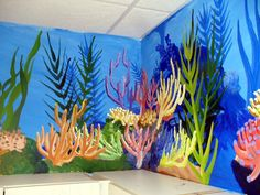 Google Image Result for http://www.cryofthewolf.com/images/Coral_Reef_Mural_Corner.jpg