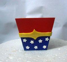 Cachepot em mdf pintado e decorado com biscuit. Faço tbm eu outros temas. R$ 23,00