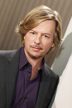 Michigan-born actor, David Spade initially rose to fame as a cast member of the Saturday Night Live in the Where is he now in Nick Swardson, Rules Of Engagement, Chris Rock, Ideal Man, Adam Sandler, Celebs, Celebrities, Famous Faces, People Around The World
