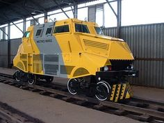 South African Armored Rail Car- is this the inspiration for Dave Woodhouse's Dredd patwagon Locomotive, South African Railways, Metro Rail, Railroad Companies, High Speed Rail, Train Art, Rail Car, Old Trains, Panzer