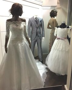 Atelierpaola#hautecouture #sartorial #lookbook #dress #bridaldress #dreamdress #couture #bridal #wedding #fashion #stylish #style #sumisura #madeitaly #lookbook #dress #vetrina http://gelinshop.com/ipost/1523119214427231523/?code=BUjNNsOgdUj