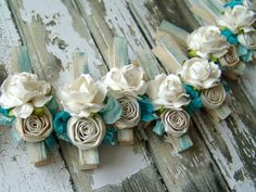 French Shabby Chic Cottage decorated Clothes Pins Decorated Clothes Pegs Set of 7 pins with handmade flowers paper flower Shabby Chic Outfits, Ropa Shabby Chic, Shabby Chic Crafts, Shabby Chic Cottage, Shabby Chic Decor, Decorated Clothes Pins, Hobbies And Crafts, Crafts For Kids, Manualidades Shabby Chic