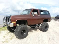 1985 Chevrolet K5 Blazer, not fond of the color but those wheels and tires are SICK!!!!