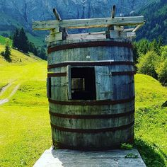 Bergsauna. See you in winter. #sauna #fass #hotpot #saunafass #ahorni #läger #bergwelt #bergmatte #alphütte #alpen #alm #adelboden #berneralpen #berneroberland #oberland #kantonbern #suisse #switzerland #schweiz