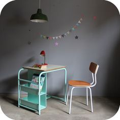 mint child's desk