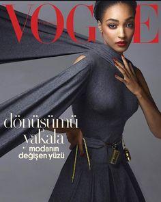 "Jourdan Dunn on Instagram: ""New @vogueturkiye cover 🖤🙏🏾 Photographer @cuneytakeroglu Fashion editor @ceylanatinc Makeup artist @wendyrowe Hairstylist…"" Vogue Magazine Covers, Vogue Covers, Fashion Editor, Daily Fashion, High Fashion, Jourdan Dunn, Vogue Us, Vogue Japan, Img Models"