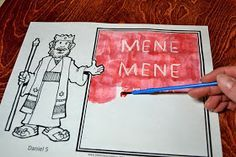 Bible Class Creations: Handwriting on the Wall Craft