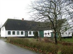 Voderup 43, 5970 Ærøskøbing -  Lille charmerende gård med mindre mark beliggende i Voderup på Ærø #ærø #landejendom #boligsalg #selvsalg