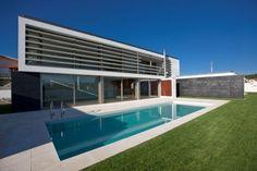 Moderne Häuser von Atelier d'Arquitectura J. A. Lopes da Costa