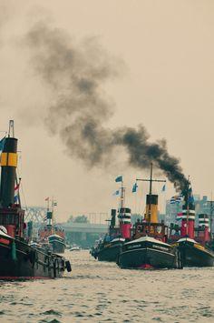 Amsterdam, Tugboats, Small Boats, Yachts, Paddle, Holland, Ships, Travel, Boats