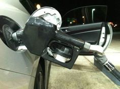 hands free gas pumping life hack The 55 Most Useful Life Hacks Ever